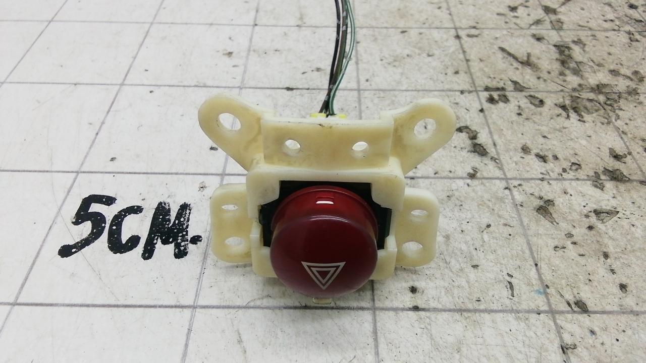 Кнопка аварийки, MITSUBISHI, L200 K4T, 2009
