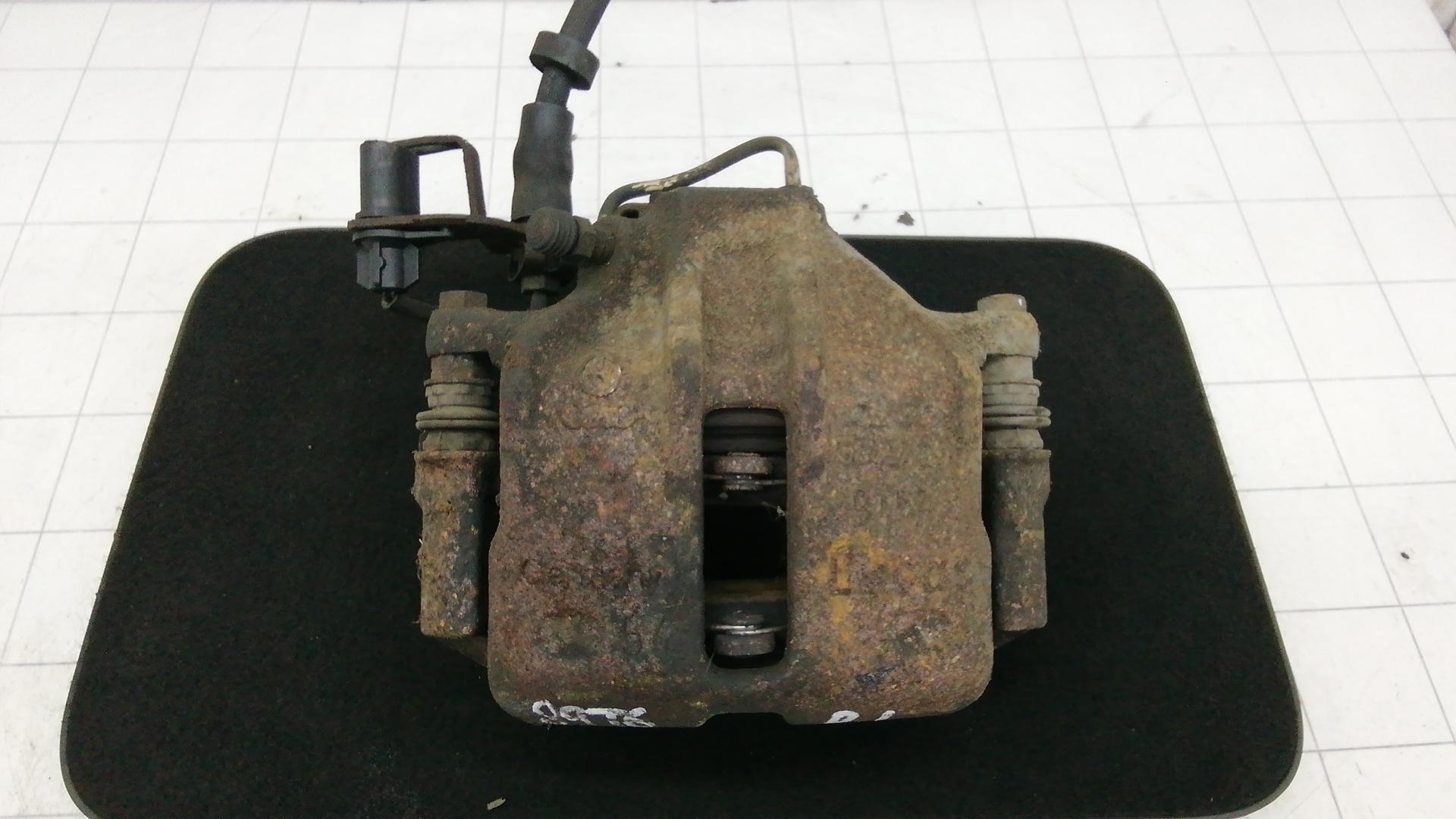 Суппорт тормозной передний левый, AUDI, A4 B6, 2002