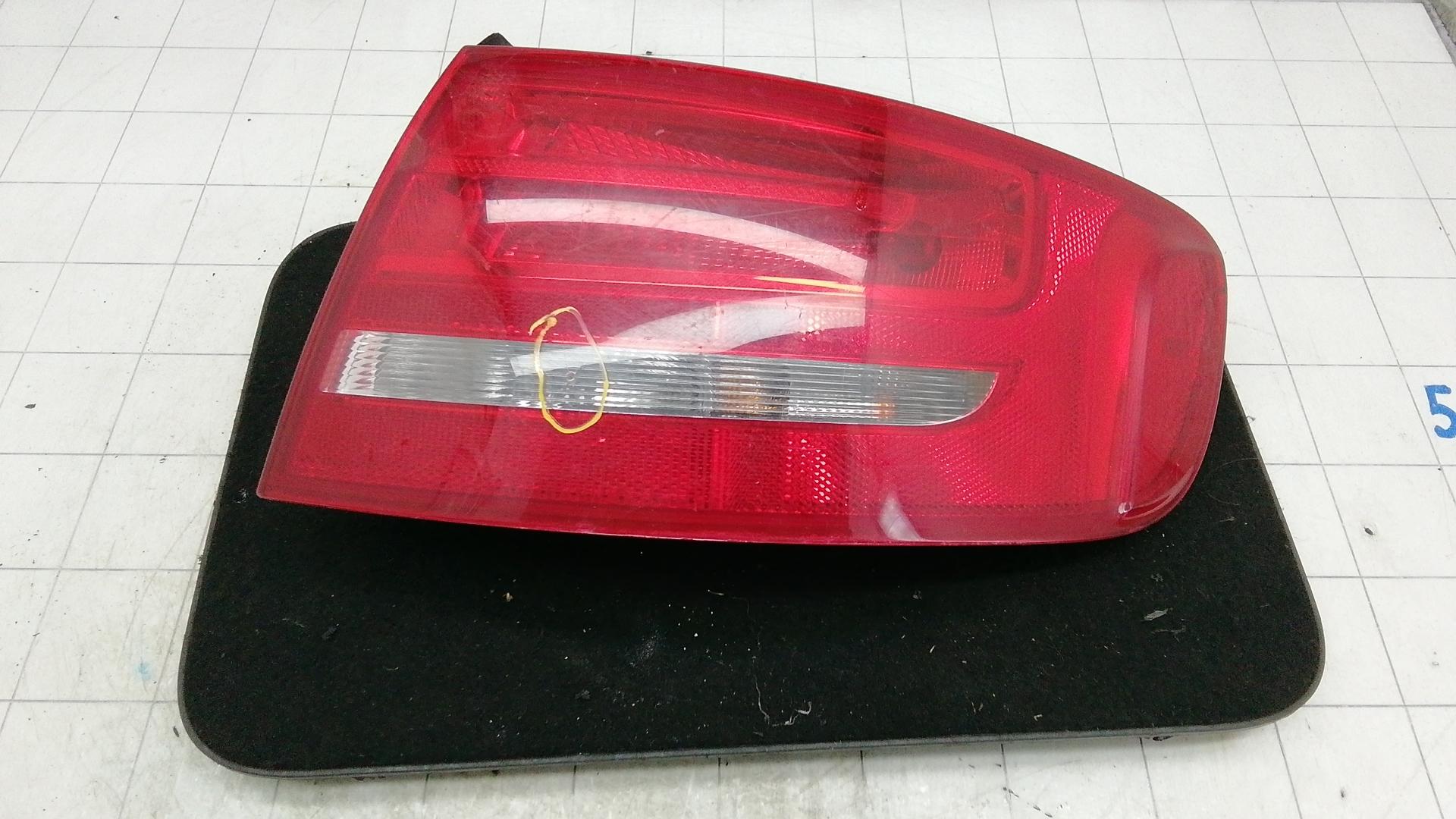 Фонарь задний правый, AUDI, A4 B8, 2011