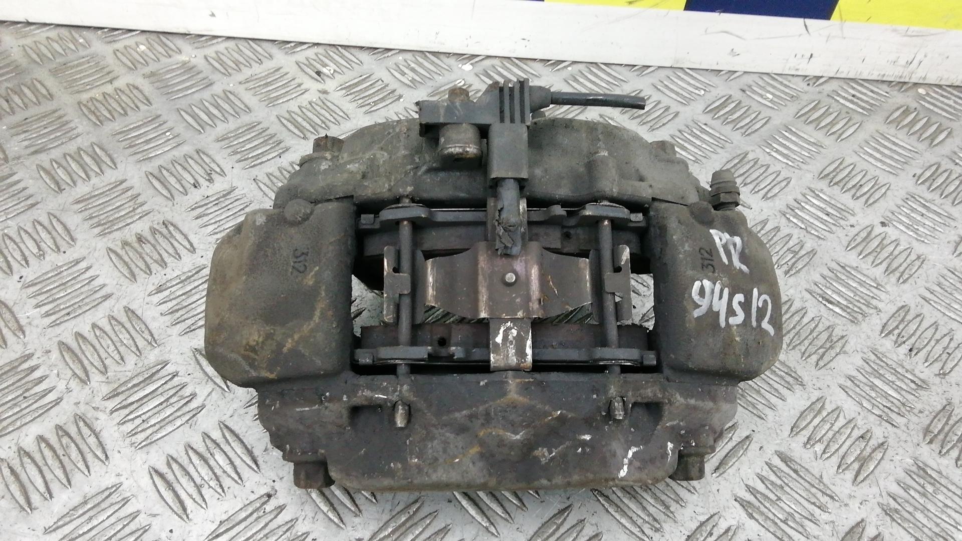 Суппорт тормозной передний правый, MERCEDES BENZ, CLS C219, 2009
