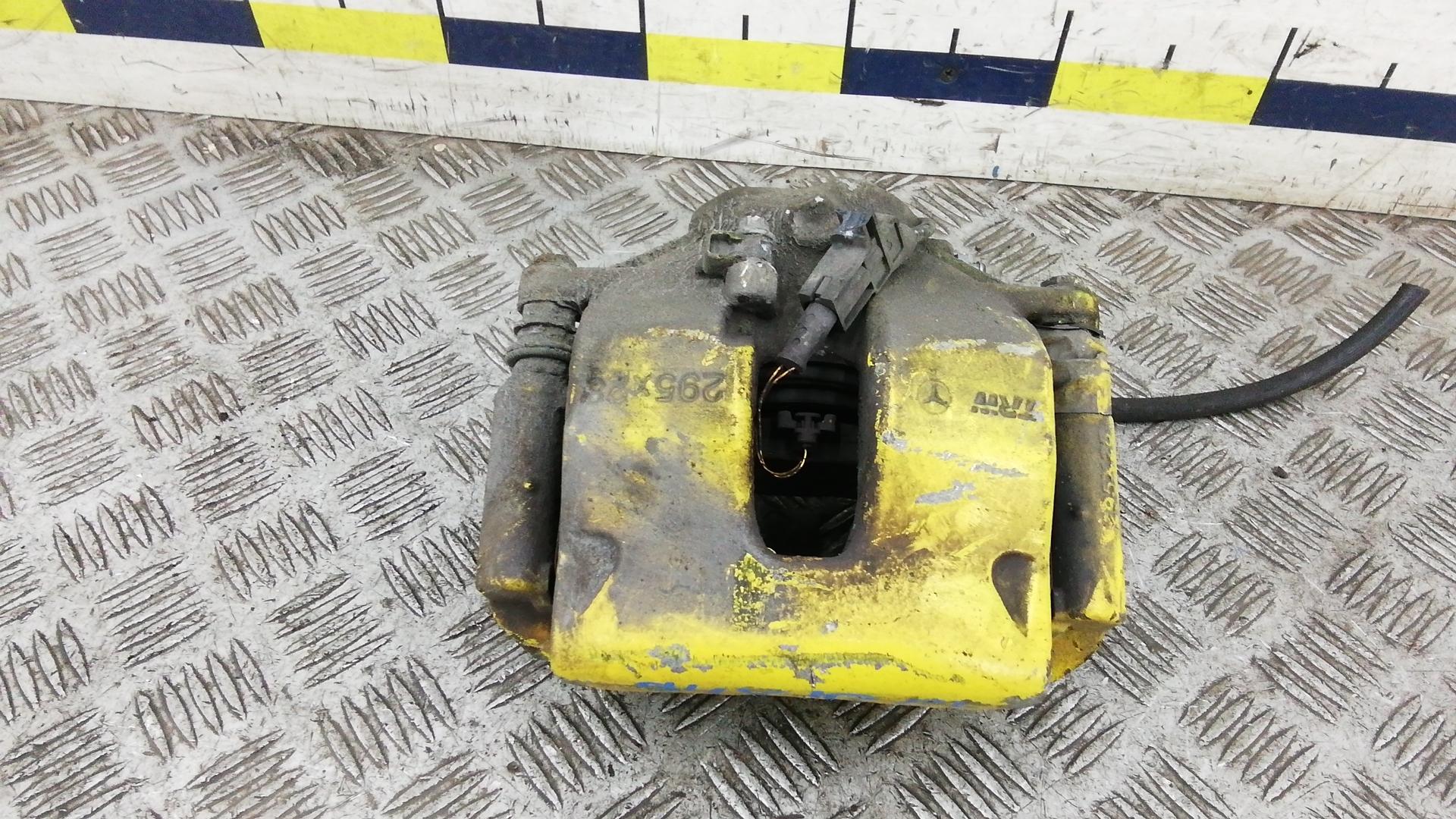 Суппорт тормозной передний левый, MERCEDES BENZ, E-CLASS W212, 2011
