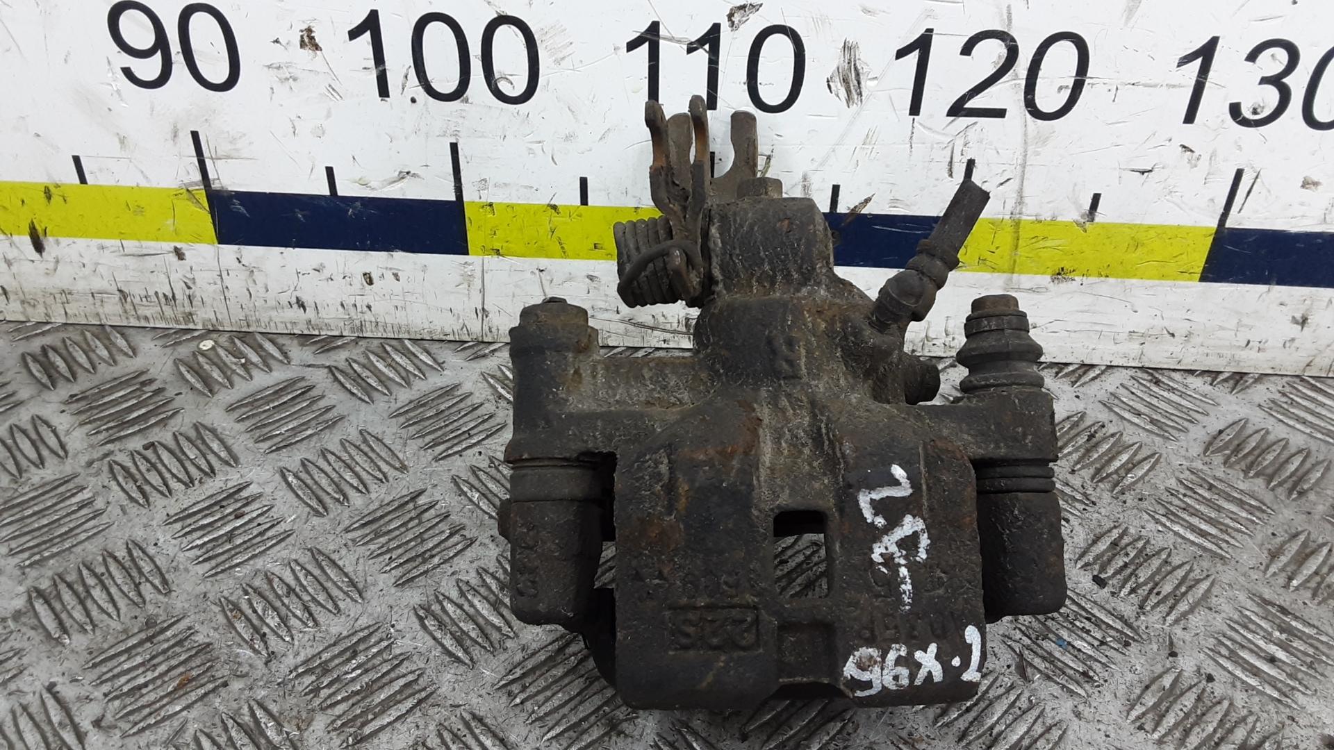 Суппорт тормозной задний правый, MAZDA, 323 BJ, 2000