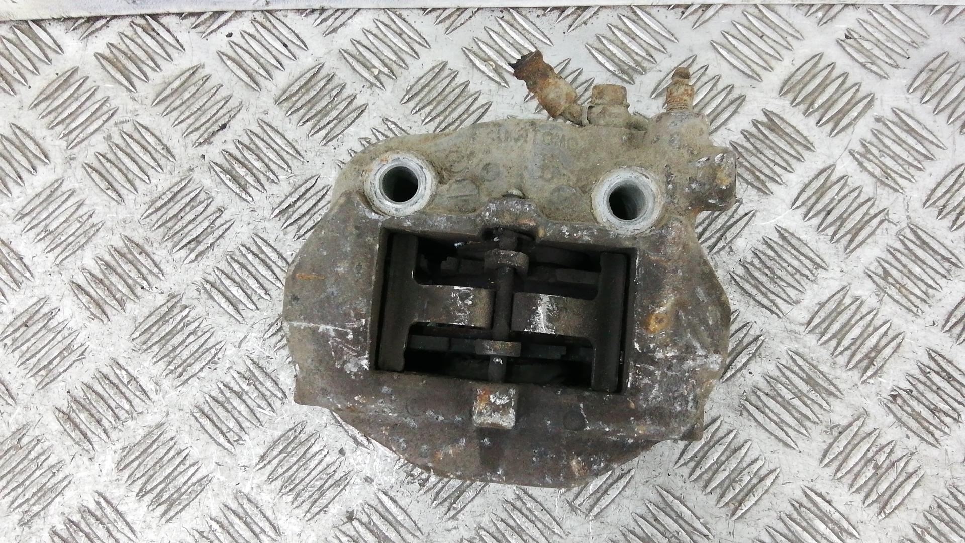 Суппорт тормозной задний правый, LEXUS, LS 3, 2001