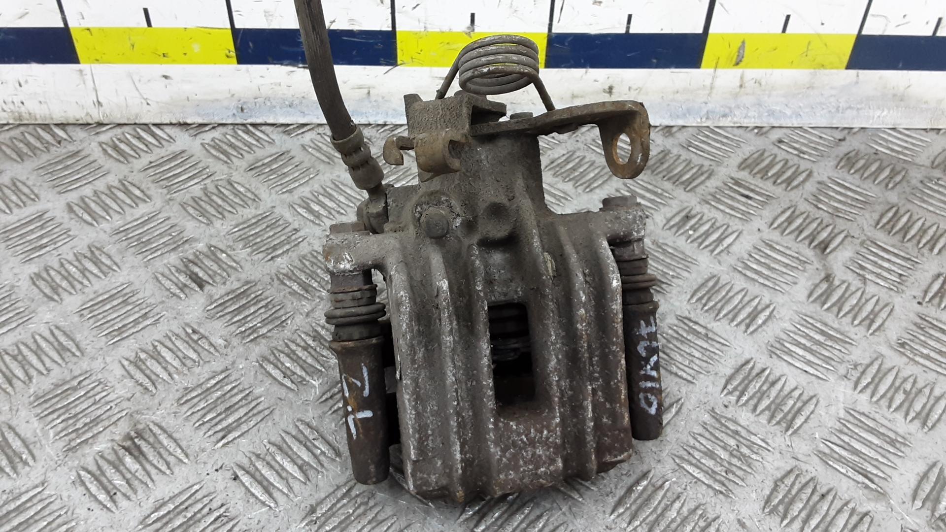 Суппорт тормозной задний левый, AUDI, A4 B6, 2001