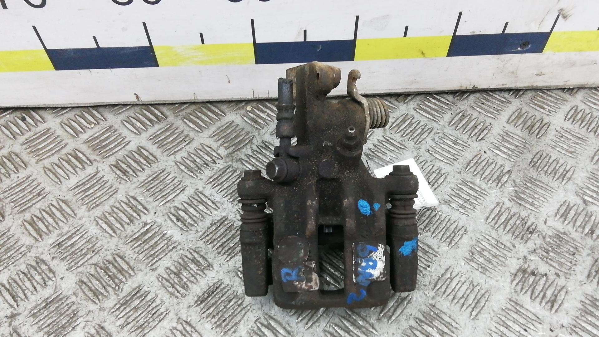 Суппорт тормозной задний правый, NISSAN, ALMERA N16, 2000