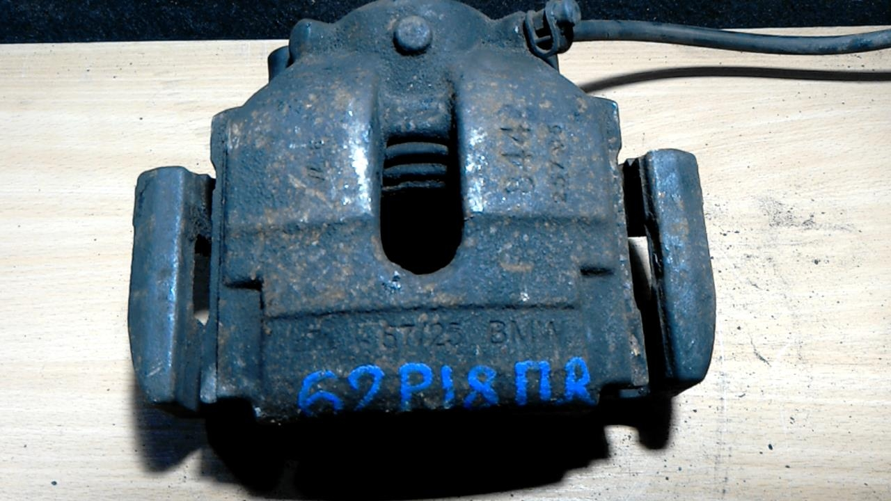 Суппорт тормозной передний правый, BMW, X3 E83, 2006