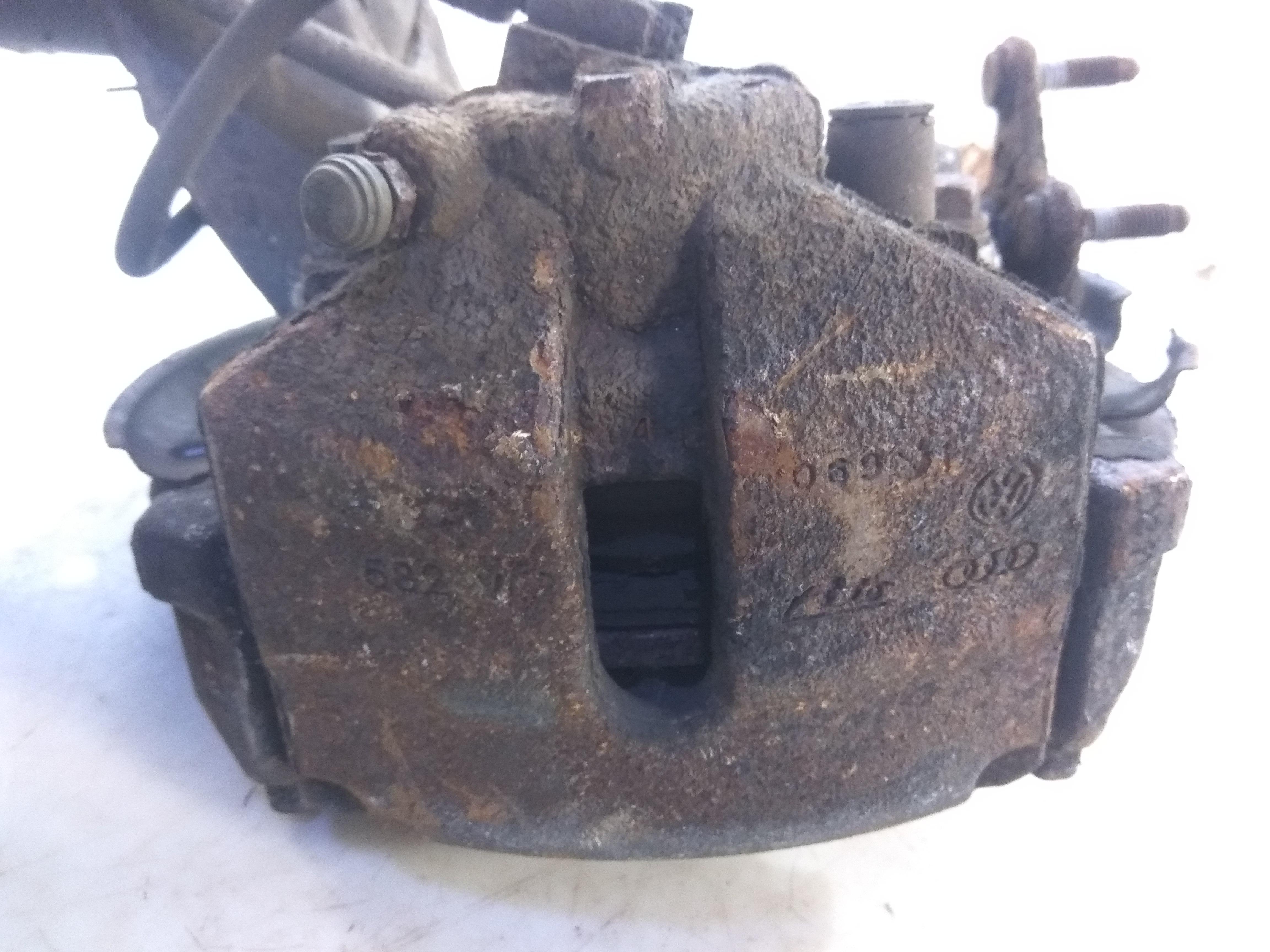 Суппорт тормозной передний правый, VOLKSWAGEN, PASSAT B7, 2011