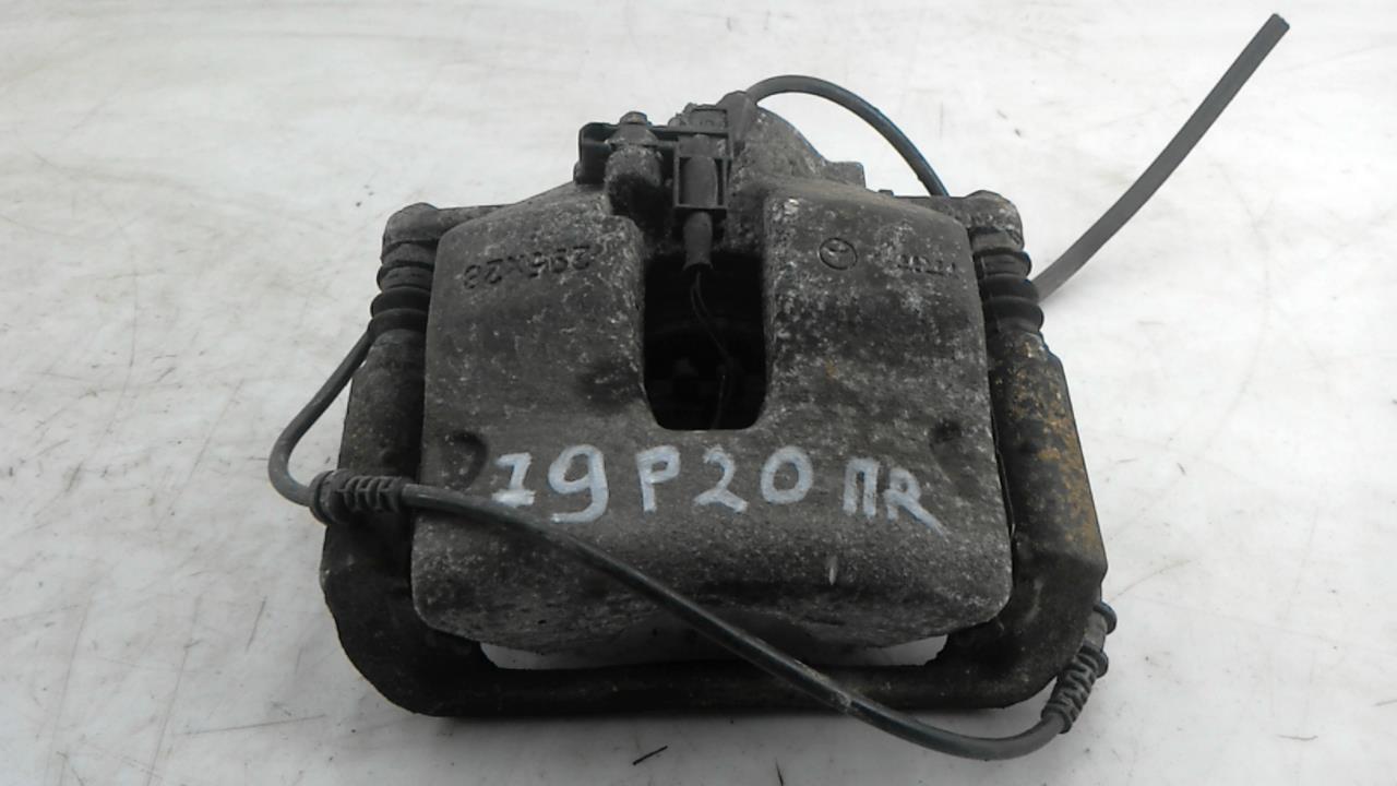 Суппорт тормозной передний правый, MERCEDES BENZ, C-CLASS W204, 2011