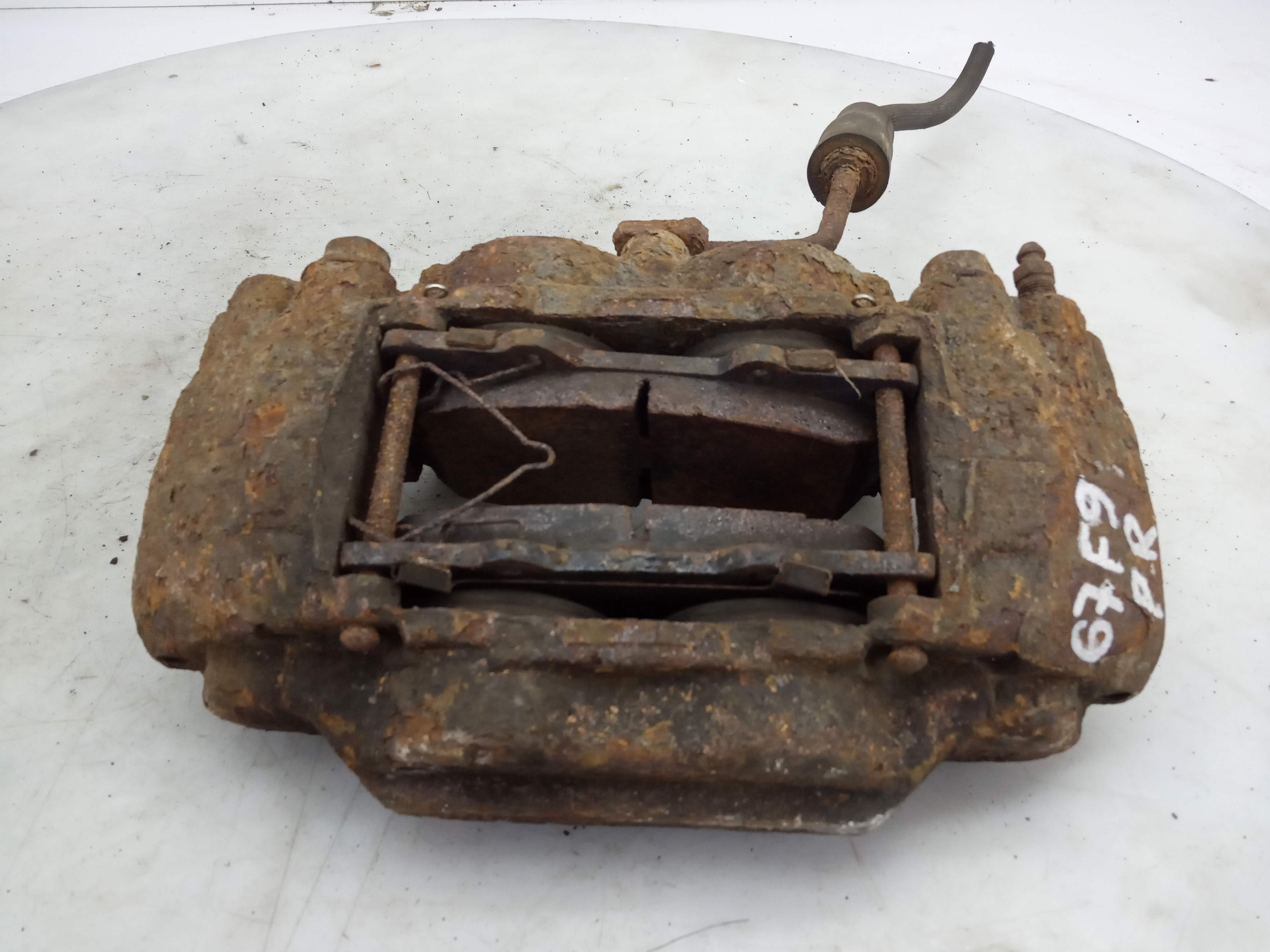 Суппорт тормозной передний правый, HUMMER, HUMMER H3, 2010